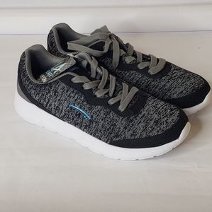 NEW LA Gear Memory Foam Sneakers